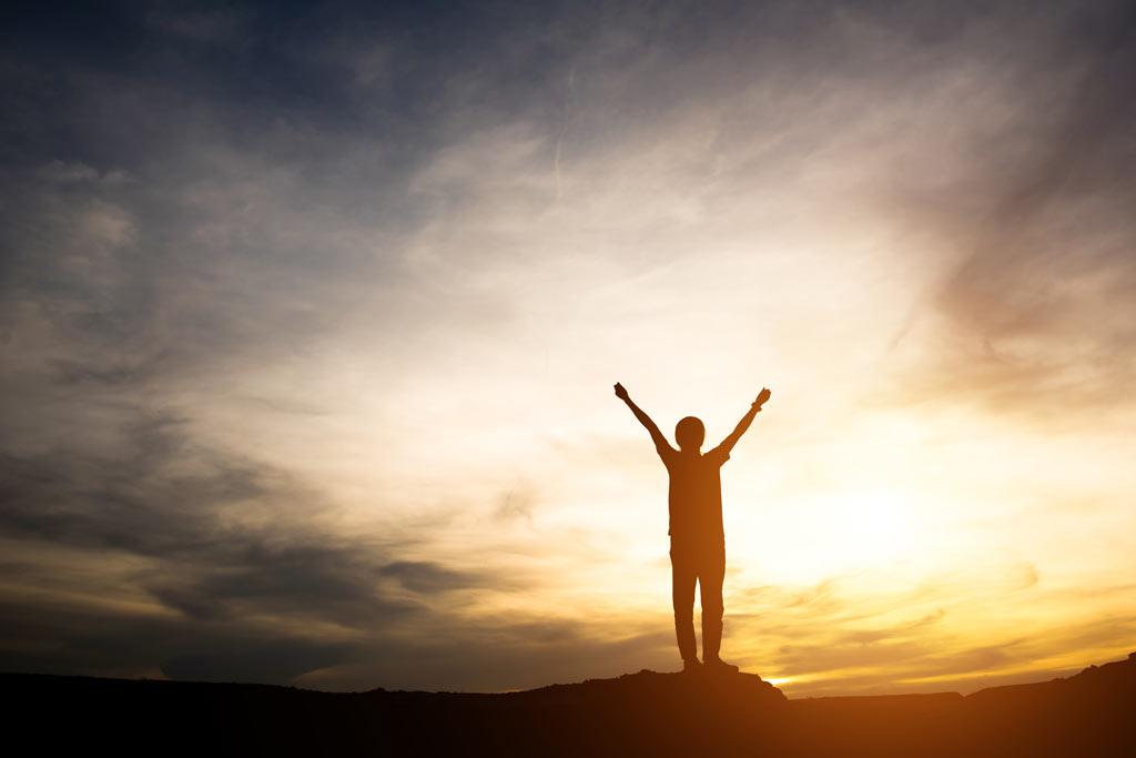 انگیزش-بهرهوری-عملکرد-سودآوری-کارآفرینی-مدیریت-مانی شجاعی