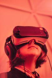 کارآفرینی-فناوری-توسعه-تکنولوژی-آموزش-نیروی کار ماهر-اشتغال زایی-مانی شجاعی