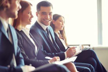 زن و مرد-تفاوتهای ارتباطی-تفاوتهای جنسیتی-تفاوت زن و مرد-منابع انسانی-مدیریت-مانی شجاعی-کارآفرینی