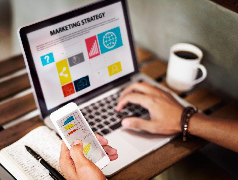 بازاریابی - بازاریابی نوین - بازاریابی سنتی - مقاله بازاریابی - مدیریت بازاریابی - مانی شجاعی