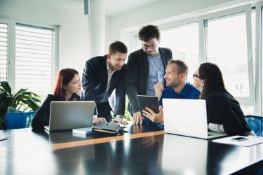 نظریه مدیریت-نظریه اقتضایی-مدیریت-نظریات مدیریت-نظریه موقعیتی-مدیریت نوین-کسب و کار-کارافرینی-مانی شجاعی