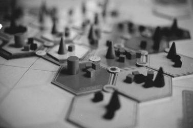 گیمیفیکیشن - بازی - قواعد بازی - توهم بازی - توهم - بازاریابی - مدیریت بازاریابی - مانی شجاعی