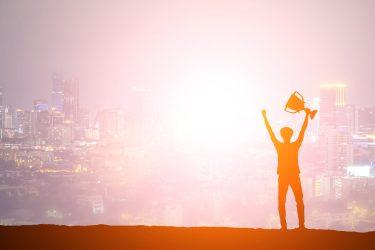 موفقیت -کارآفرینی-پیشرفت-مدیریت کارآفرینی-توسعه اقتصادی-توسعه-ژاپن-مانی شجاعی-تیسوجی