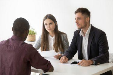 کارمندیابی-استخدام-منابع انسانی-عوامل محیطی-مانی شجاعی