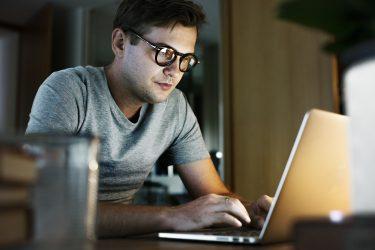 شغل - شغل پاره وقت -اشتغال پارهوقت - دورکاری - کارآفرینی - فناوری اطلاعات - مدیریت کارآفرینی - مدیریت - کارآفرینی - مانی شجاعی