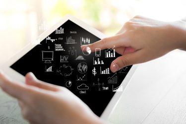 صنعت IT-دولت الکترونیک-فناوری IT-کارآفرینی الکترونیک-دولت الکترونیک-کارآفرینی-مانی شجاعی